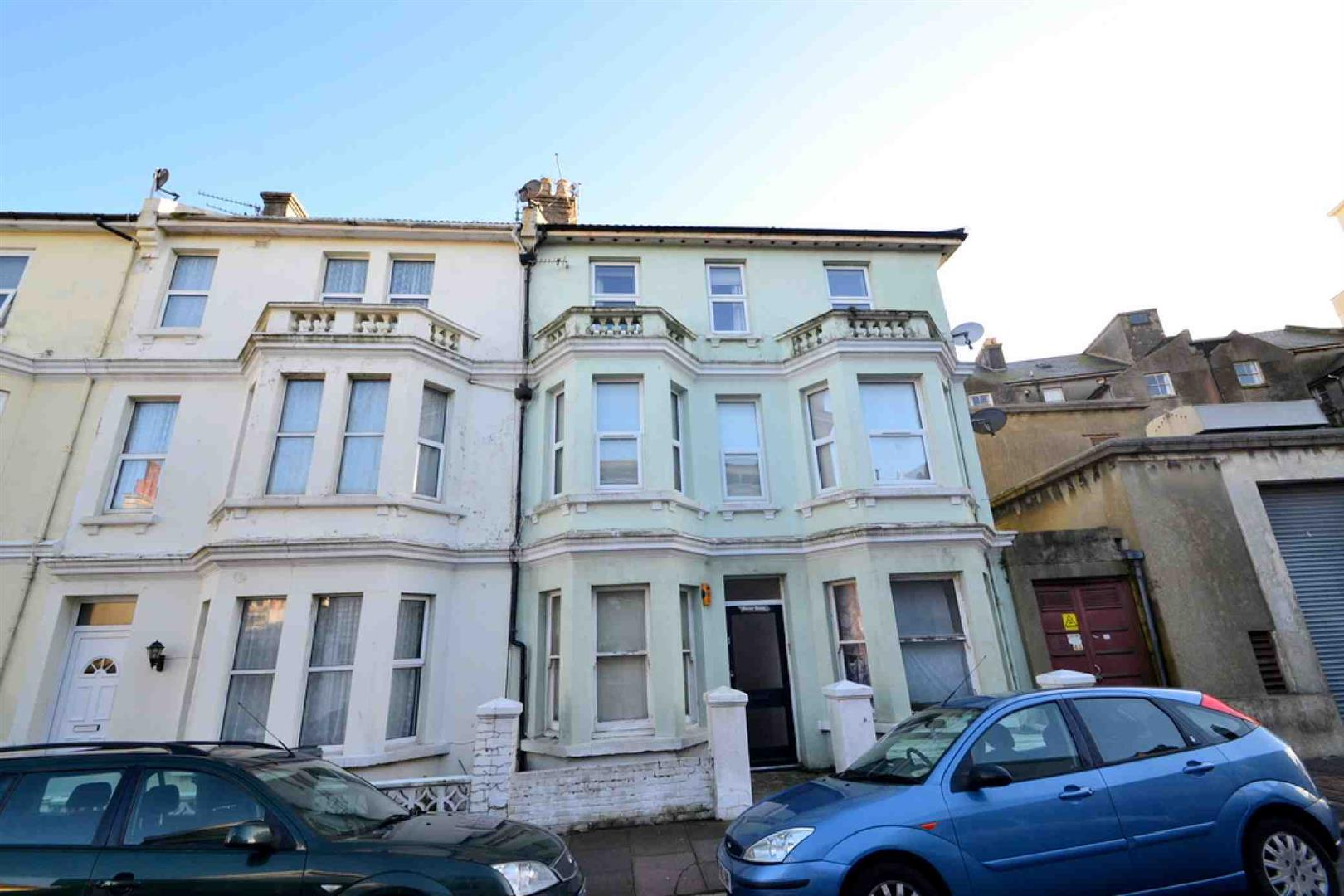1 Bedroom Property for sale in Marine Road, EASTBOURNE